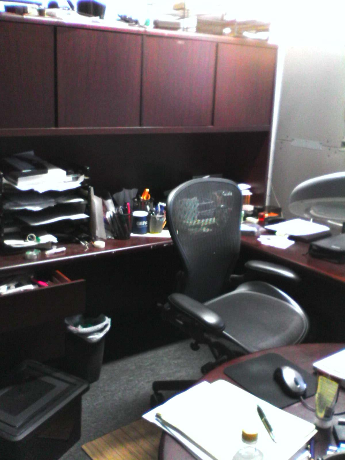 desk image 1