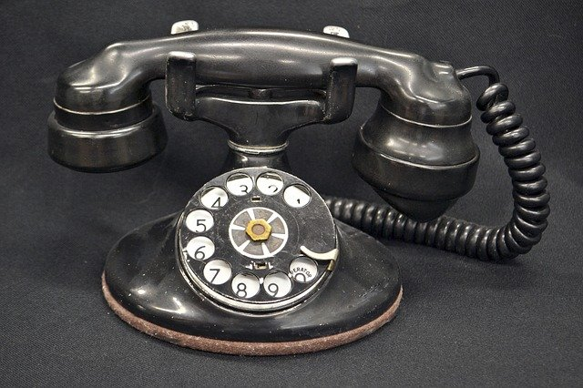 old rotary phone image